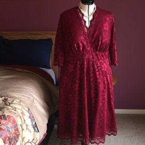 Kiyonna lace overlay  evening dress.